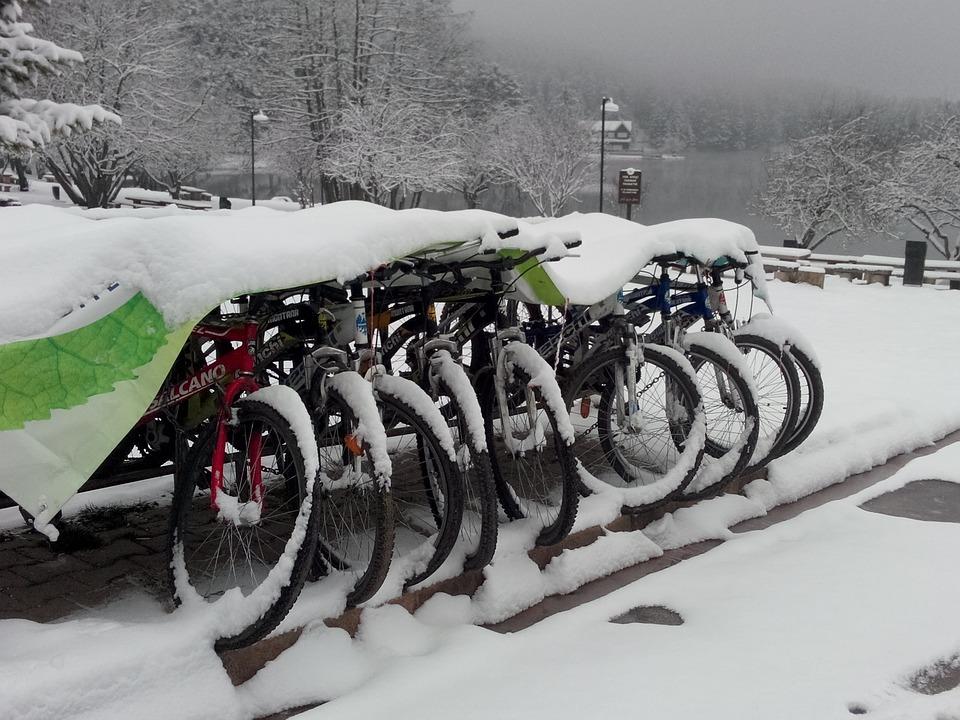 Také rádi cestujete na kole?
