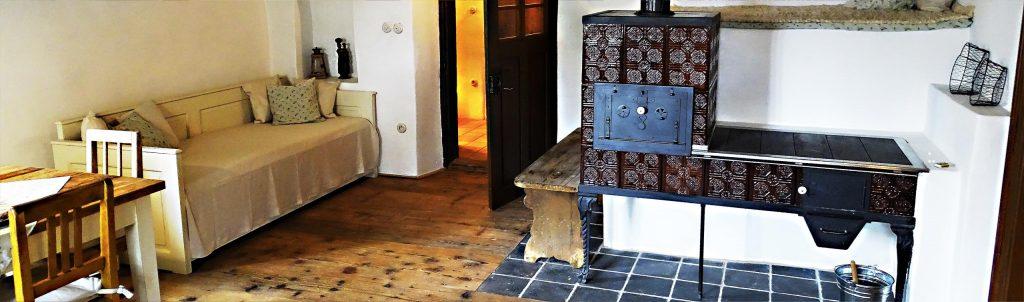 Chalupa Památka je historické ubytovací zařízení s nevšední atmosférou