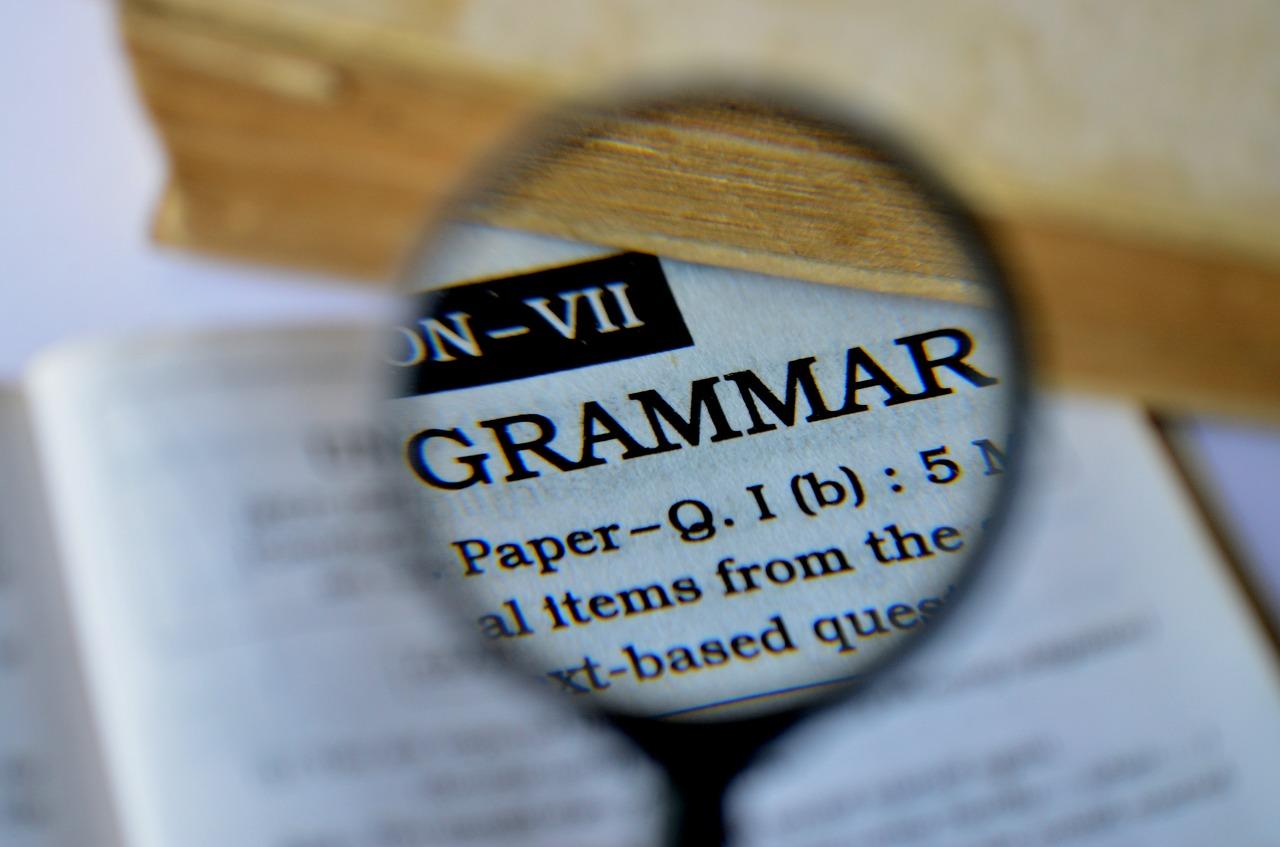 Používejte slovník cizích slov, budete více rozumět a obohatíte si slovní zásobu