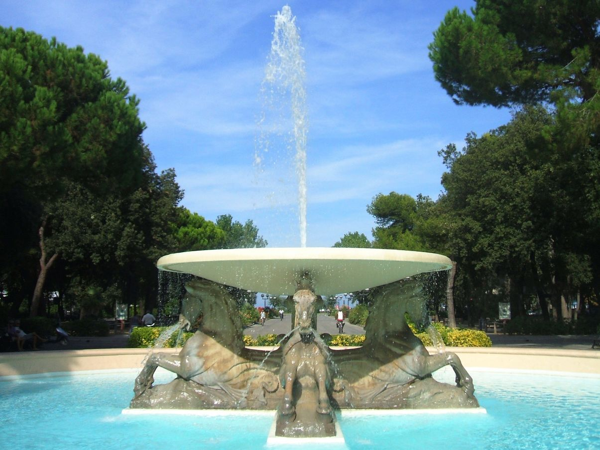 Fontana dei Quattro cavalli v Rimini